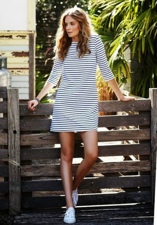 Striped dress with sneakers