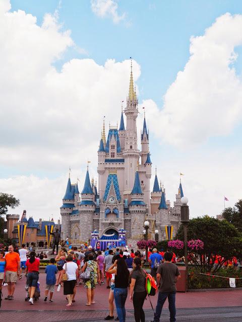 disney world orlando castle pink blue