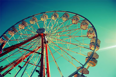 http://naldzgraphics.net/photography/ferris-wheel-photography/