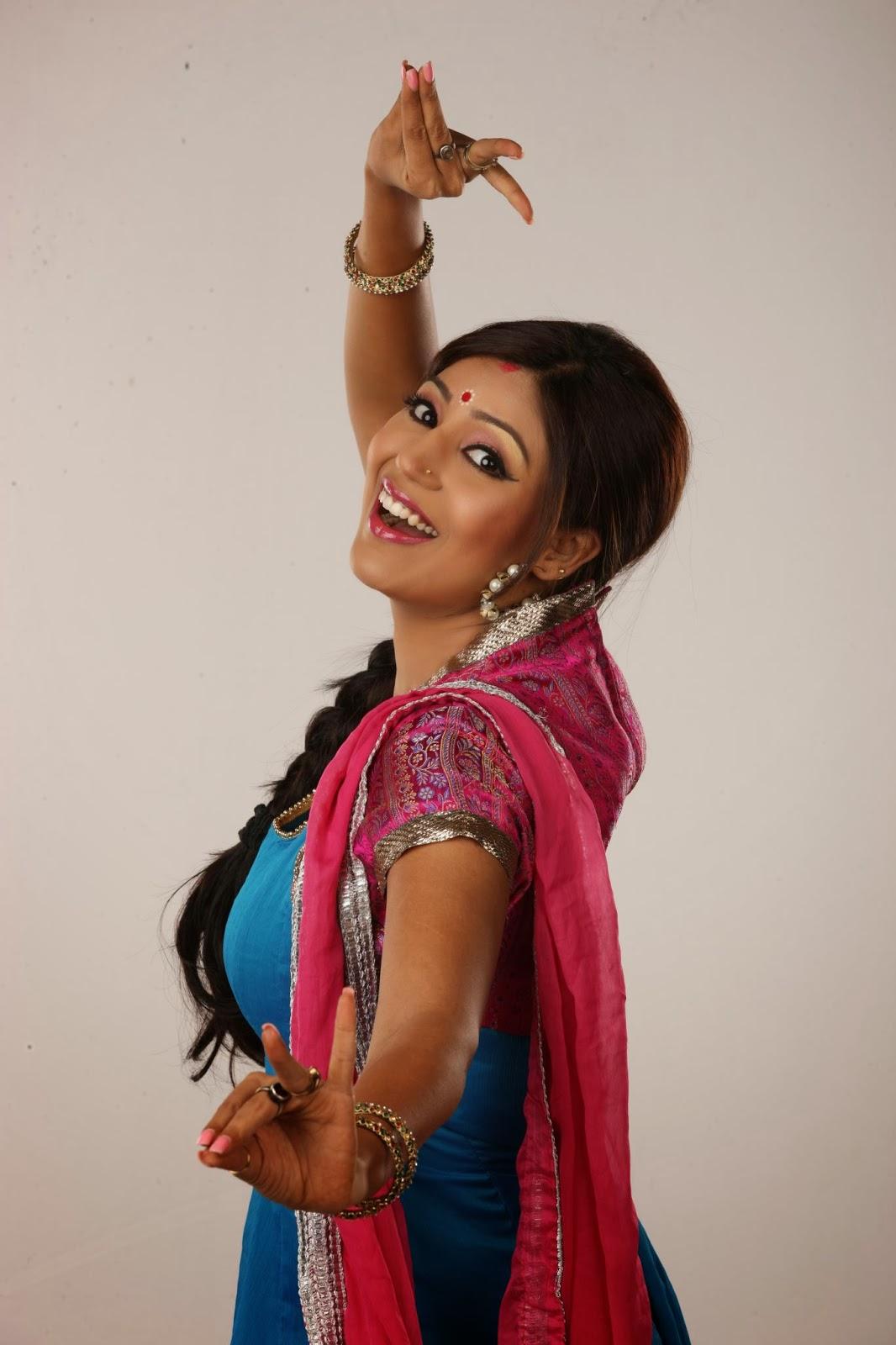 Debina Bonnerjee  HD Wallpapers Free Download
