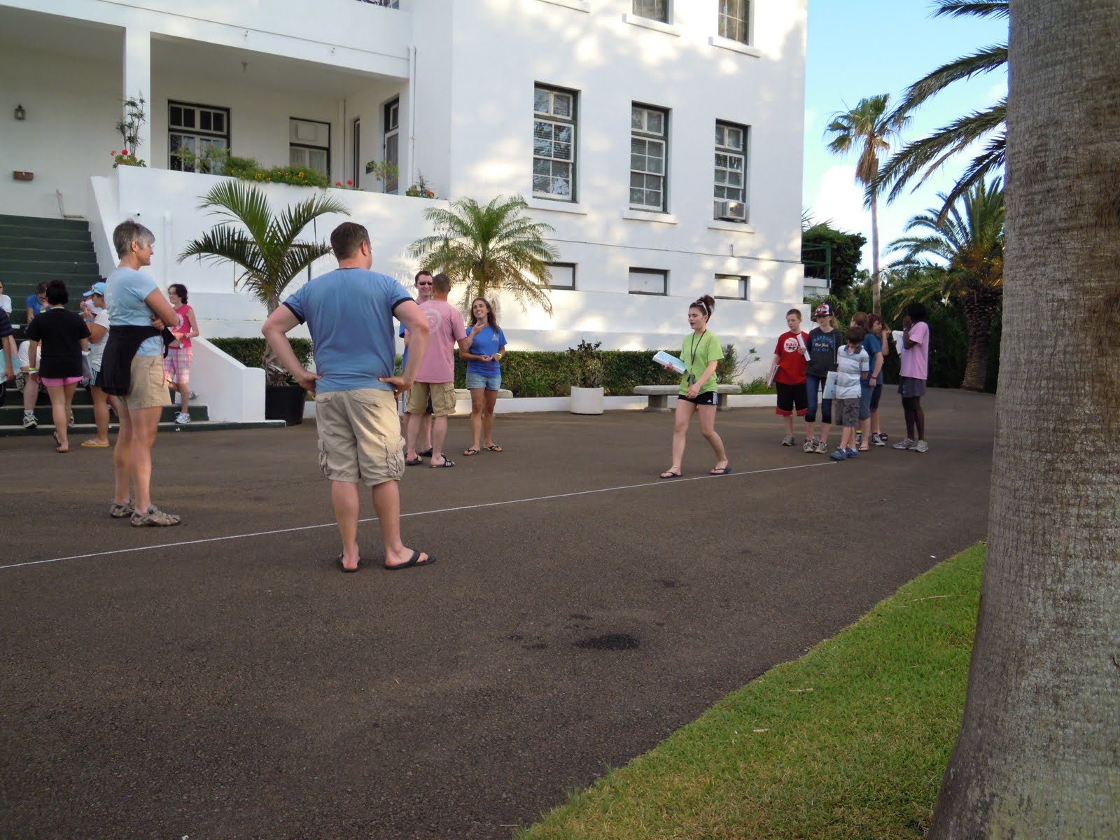 Vernon Bermuda Workshop 2011 Andrew Smith Shorts Cokelat 33 We Also Saw How Long Our Strides Were