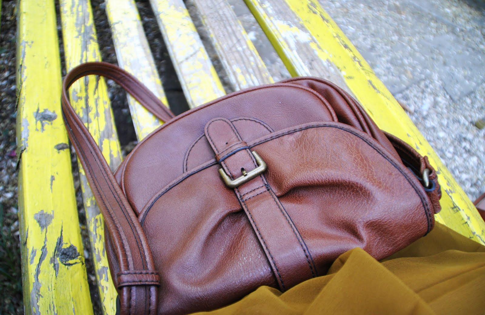 http://1.bp.blogspot.com/-du33sEoZULw/Tl50IV5VYYI/AAAAAAAAASQ/MiBdG4svE6U/s1600/mango+bag.jpg