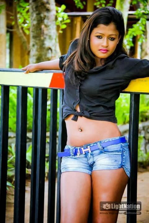 Sri Lankan Hot Models: January 2014