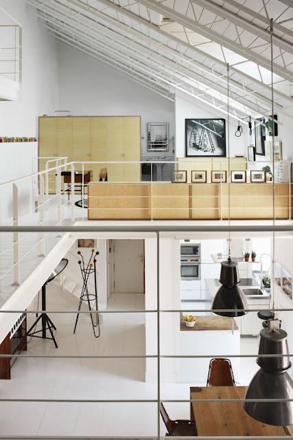 Wohnen in Designklassiker in neu und vom Flohmarkt