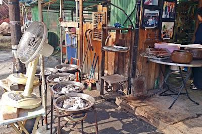 Original Chuncheon Yeotteo Sutbul Dakgalbi (옛터 솣불 닭갈비) near Gangchon Station | www.meheartseoul.blogspot.com