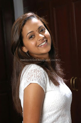 Bhavana hot photos gallery
