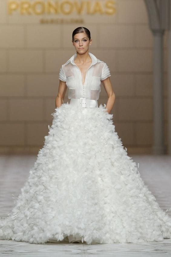 Vestidos de Novias Alternativos   Colección Pronovias