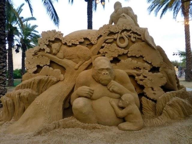Incredible Sand Sculpture by Susanne Ruseler
