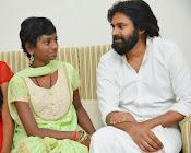 Pawan Kalyan meets Srija n family-thumbnail-16