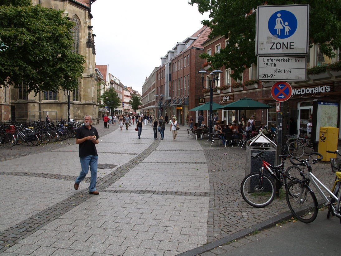 Bicis por zonas peatonales