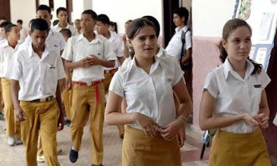 Estudiantes de Secundaria Cuba