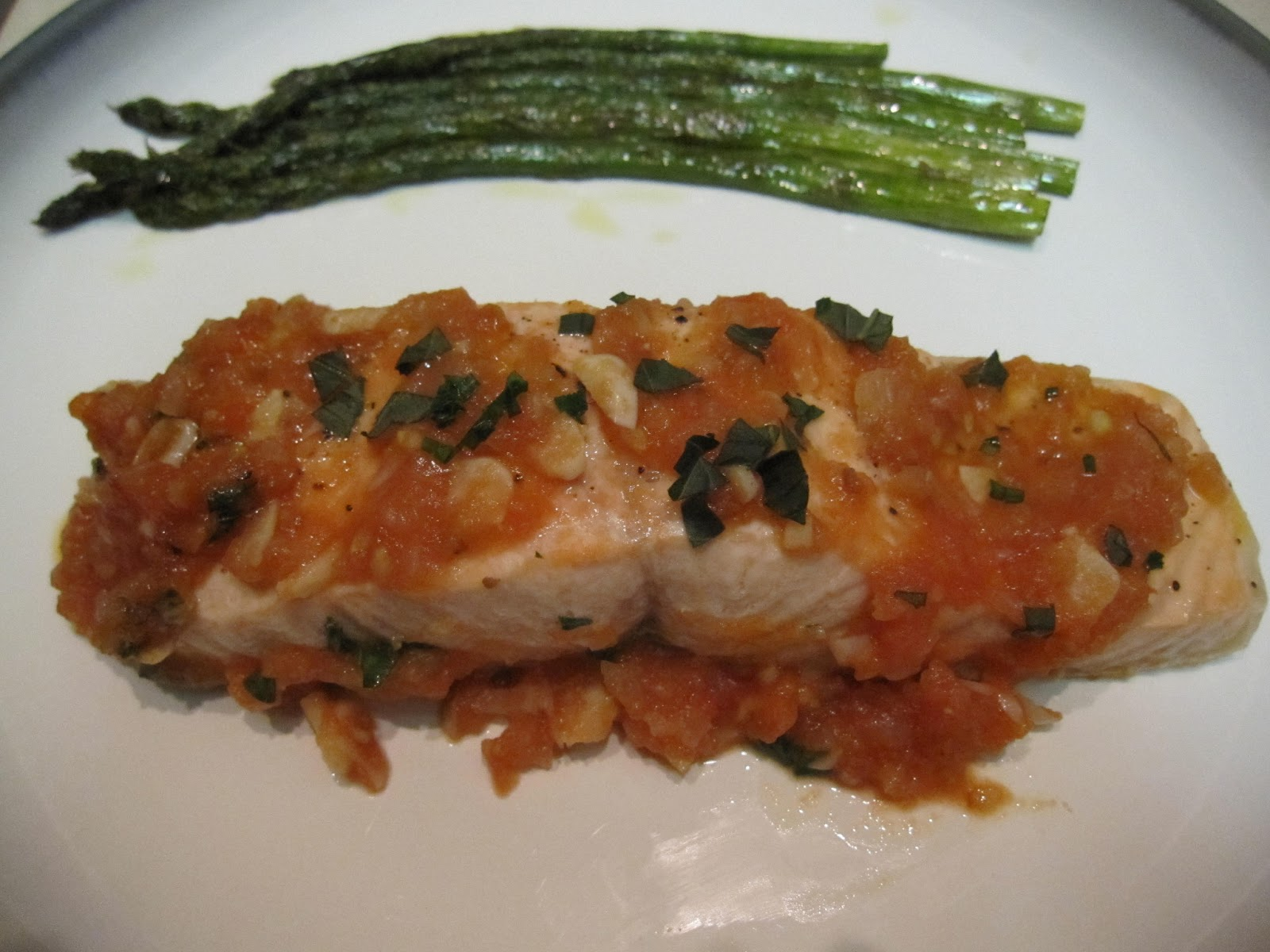 Salmon In Garlic, Tomato & Wine Sauce Recipe — Dishmaps