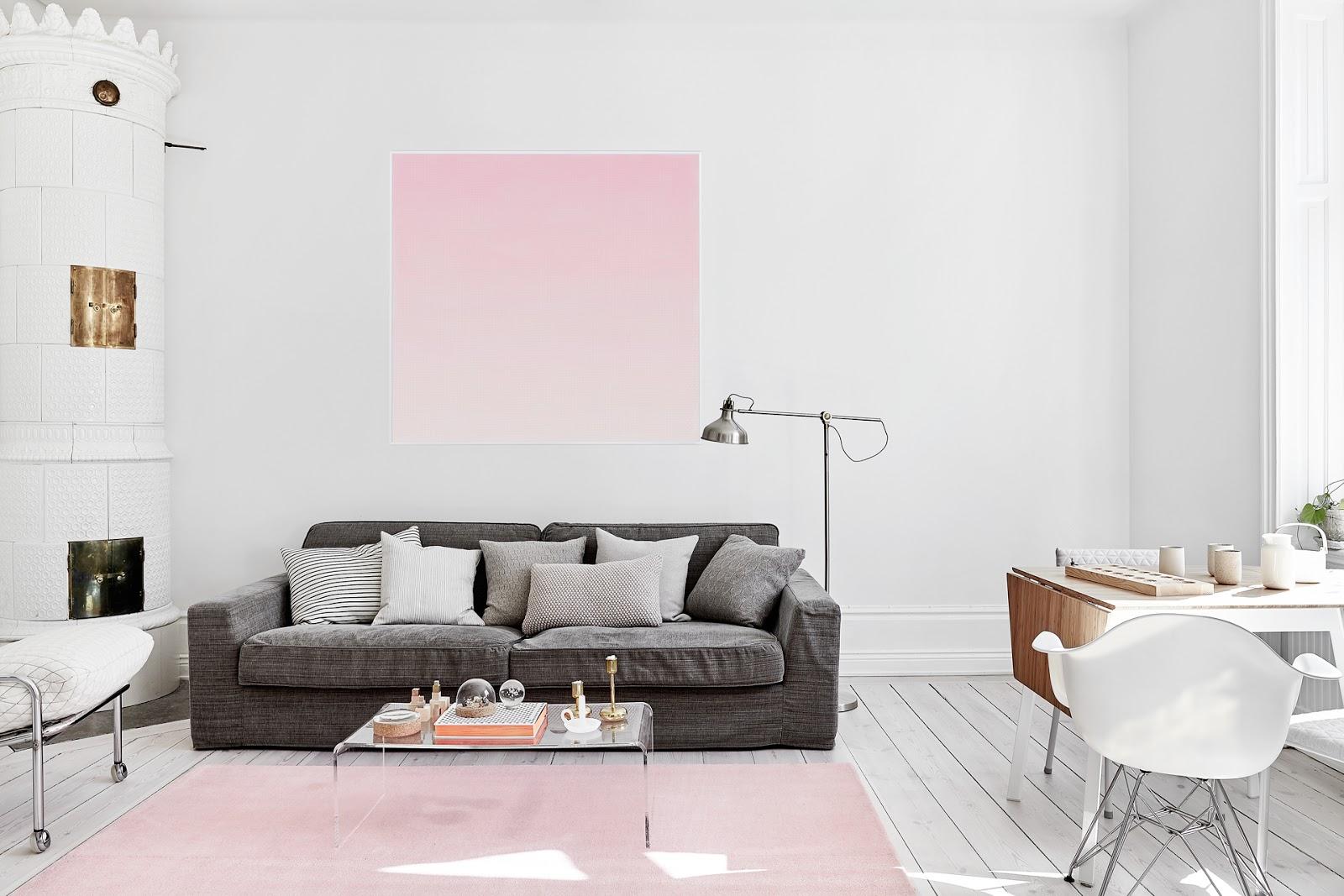 coffee in the sun: Sereen wit met een vleugje roze