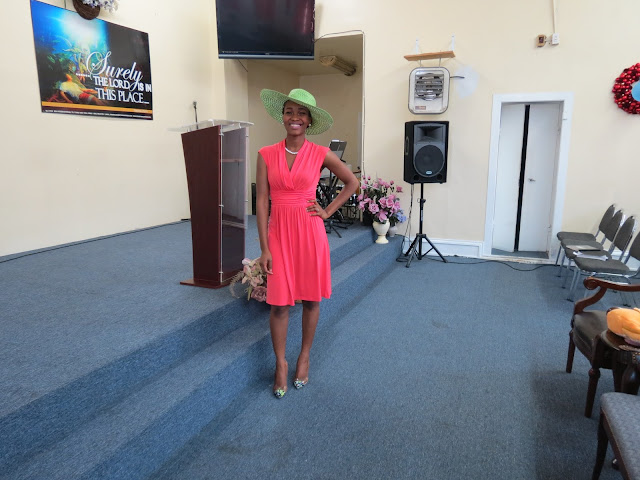 Wide Brim Hat, Simple Chic Dress