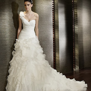 v neck wedding dresses