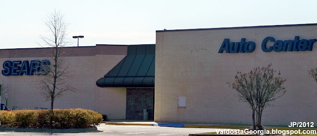Sears Stores Sears Appliance Outlet Stores Hometown Dealers Sears Auto Centers Hardware Stores Sears PartsDirect Sears Parts and Repair Center. We found stores near, Search by State. Alabama; Alaska; Dedicated experts at your service: Appliance Repair, Heating & Cooling, Home Improvement and more. learn more. ADVERTISEMENT. ADVERTISEMENT.
