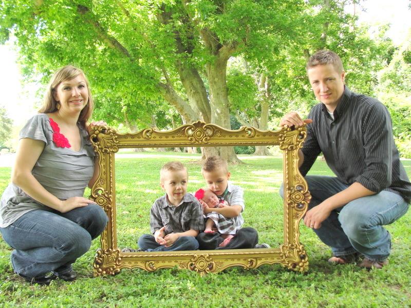 Little Lovables: Ornate Frame Prop for Family Pics