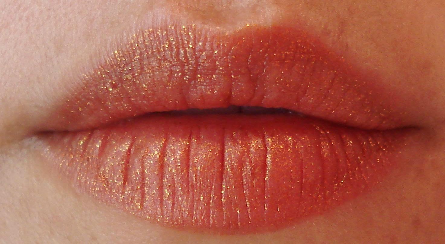 Kat Von D Studded Kiss Lipstick Gothica