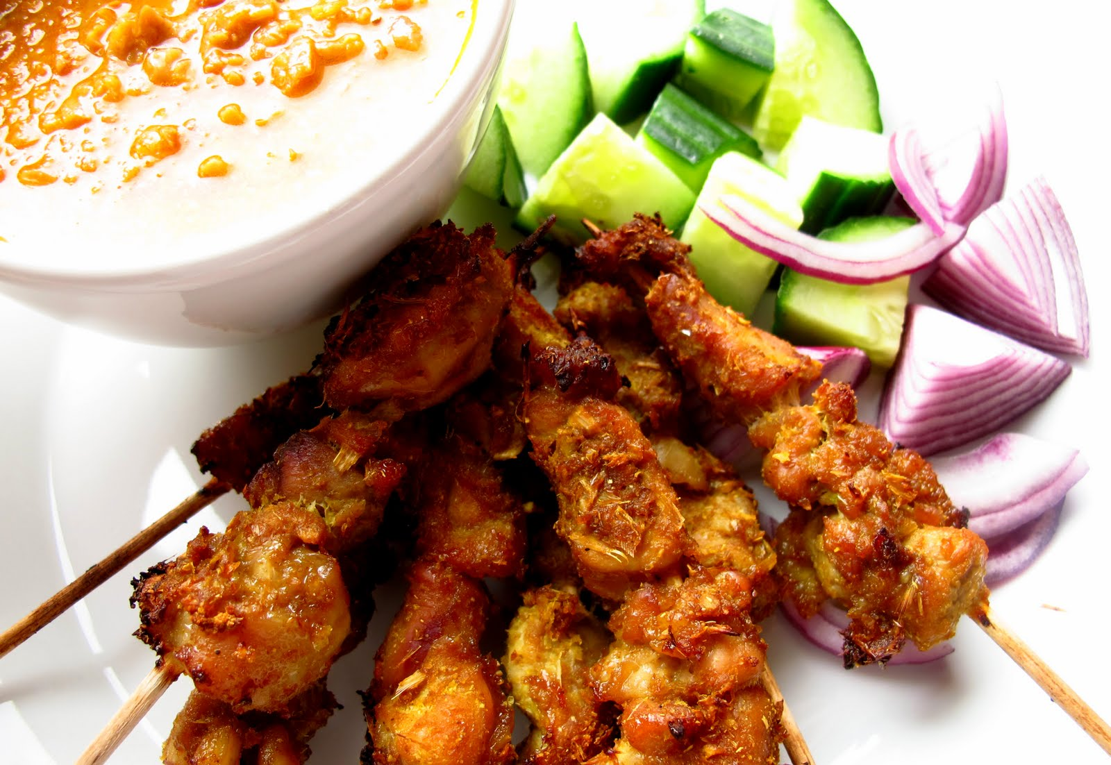 "... can cook!: ""Tut-tut-Satay!"" Singapore Chicken Satay with Peanut..."