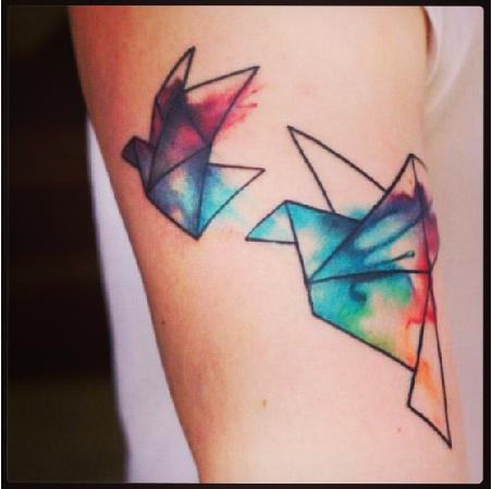 Les tatouages en couleurs sont sauvés ! madmoiZelle  - tatouage couleur interdit