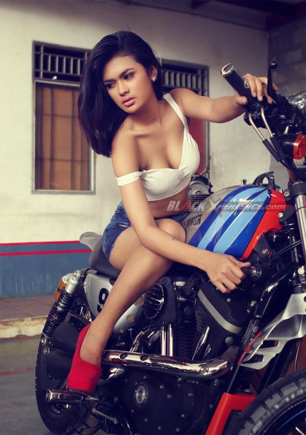 Putri Zairah Bx Babes Model Black Xperience Photos
