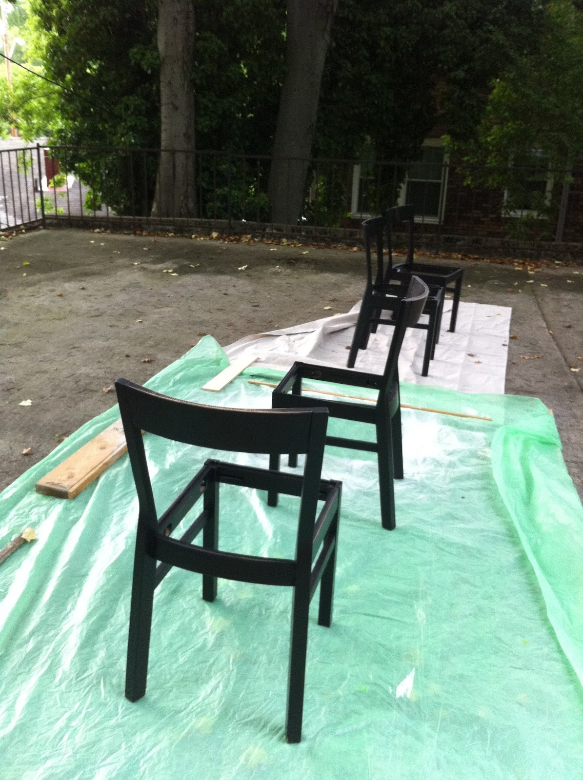 Ikea Roger Chairs - Before Painting & dwell and tell: Dining Room Chairs Repainted! Weekend Project