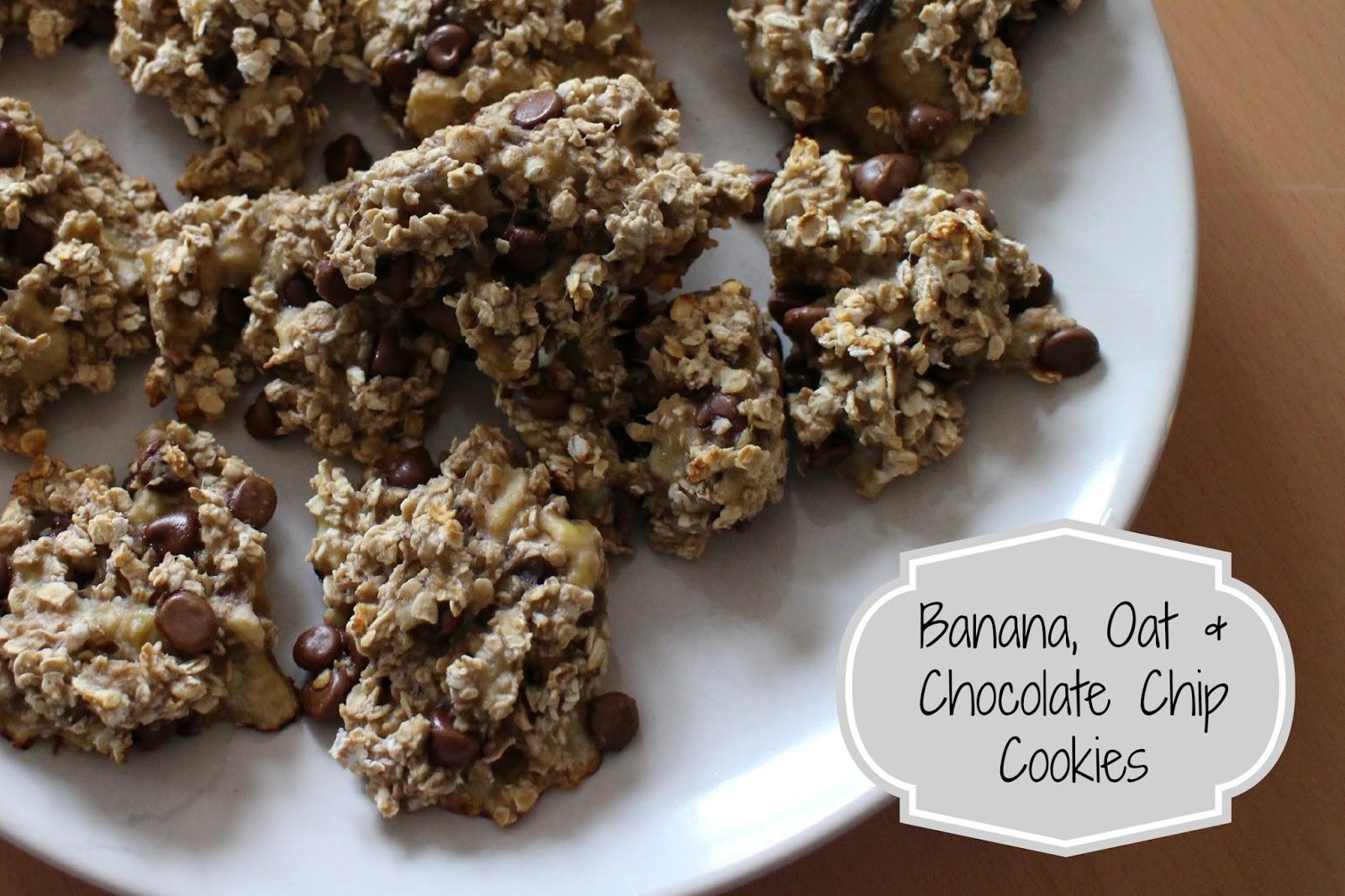 Banana, Oat & Chocolate Chip Cookies