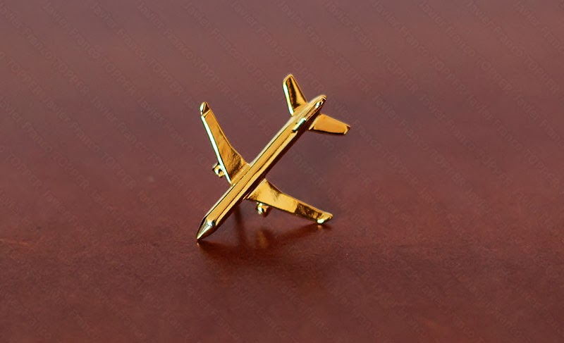 Broches o 'pin' de aviación - Mitsubishi Regional Jet