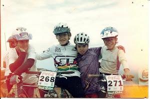 Na direita, Lucas Ludolf em 1995
