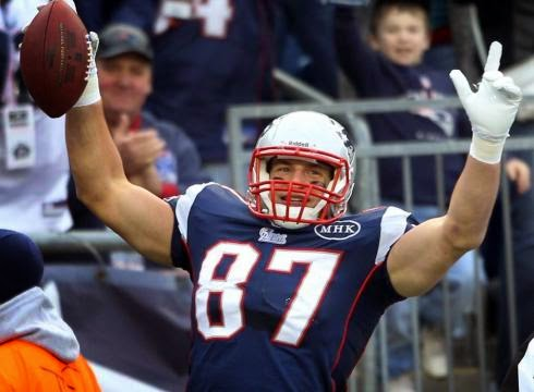 Will Gronk get the best of Green Bay's Secondary?