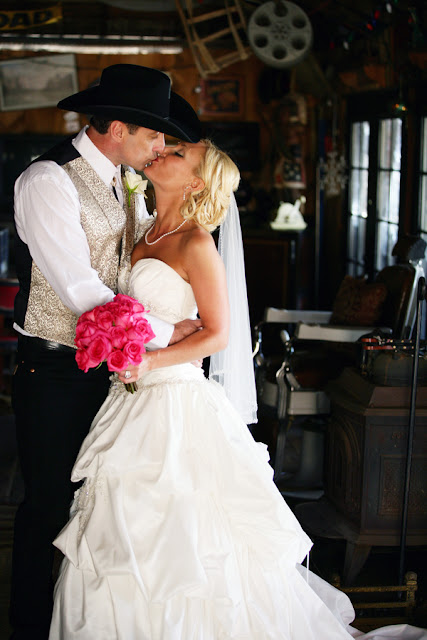 Old Western Wedding Dresses 30 Luxury I love the contrast