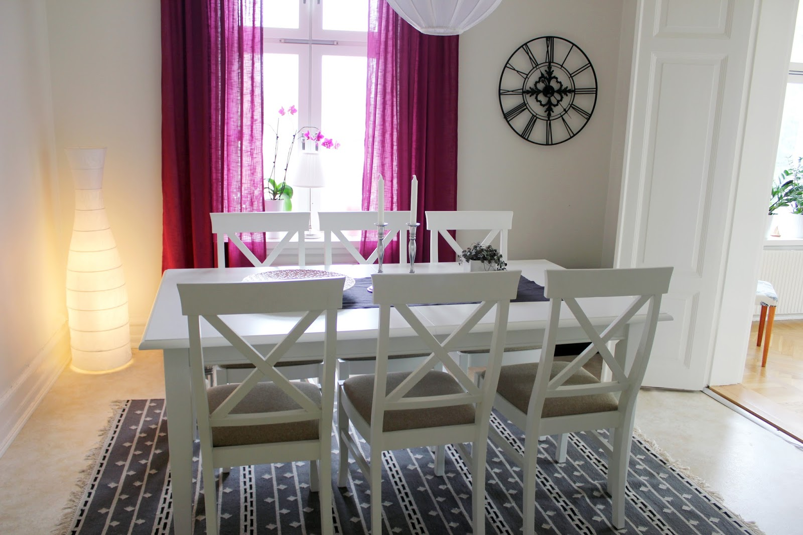 Gardiner Malmö : Fröken wesström lila gardiner