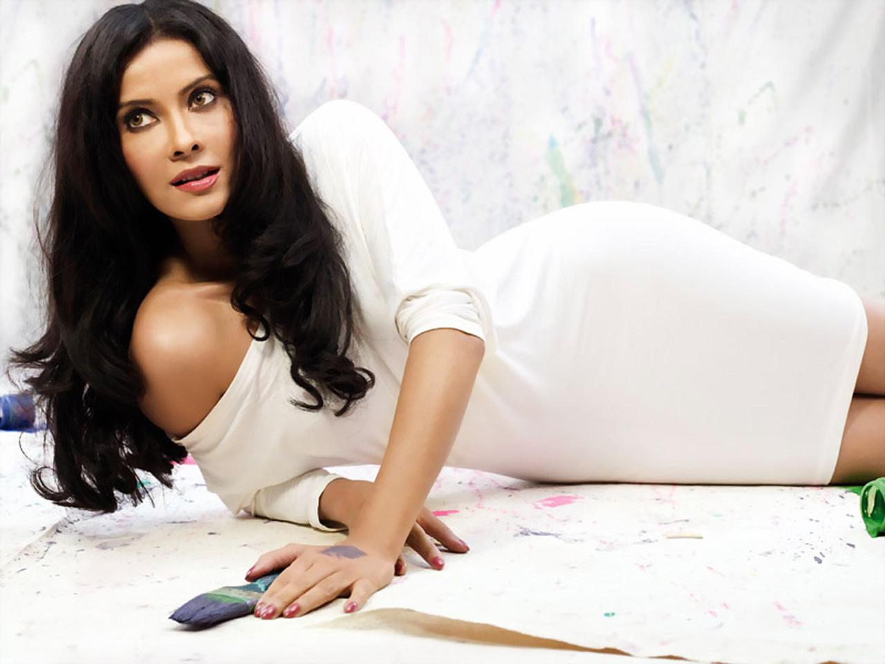 Nandana-sen-hot-sexy-stills - Indian Movie Portal