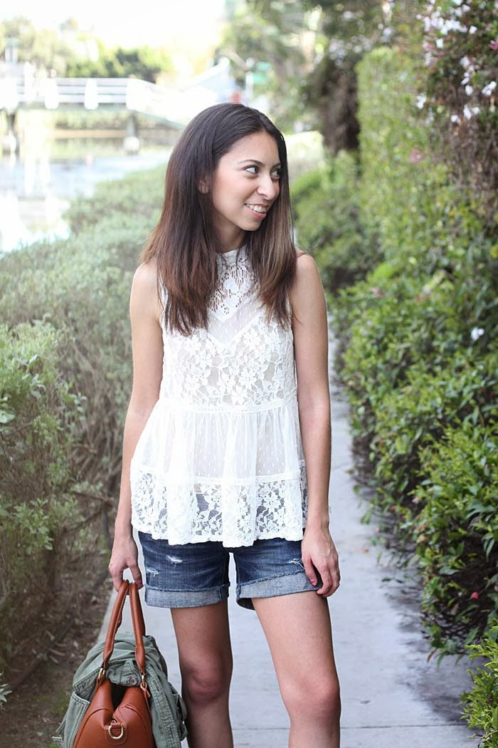 how to wear lace casually