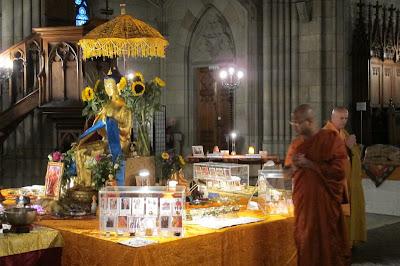 Buddha Maitreya, Offene Kirche Elisabethen, Buddha Maitreya, Maitreya Reliquien, Basel, Bodensee, Bodensee Maitreya, Herzschrein,