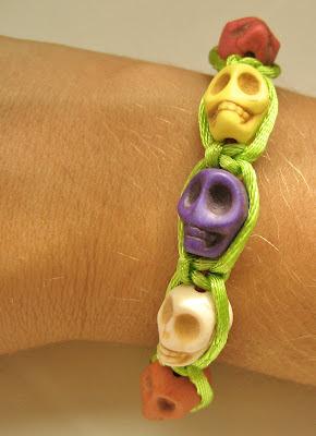 Pulsera de calaveras. Skulls bracelet. Bracelets têtes de mort