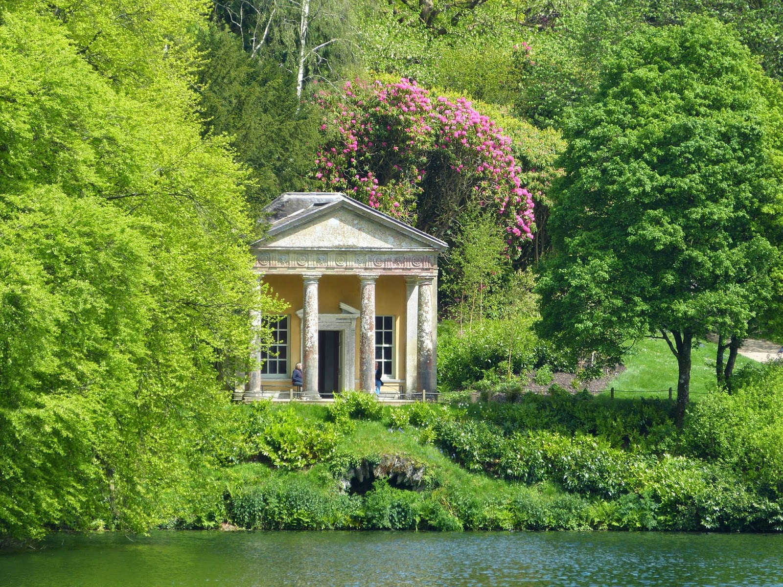 Temple of Flora, Stourhead