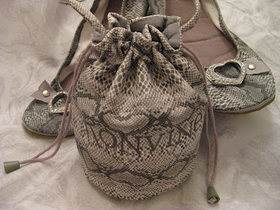 Snakeskin Roll-ups with Heart, Konvine, Rollable Shoes, Flats