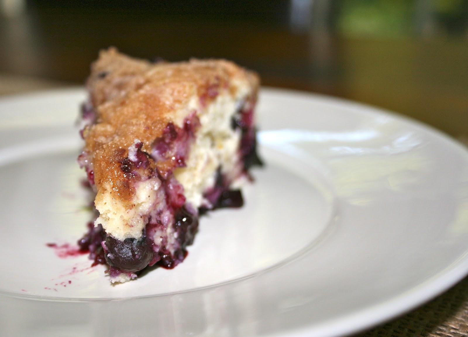Wren's Rambles: Blueberry Buttermilk Crumb Cake