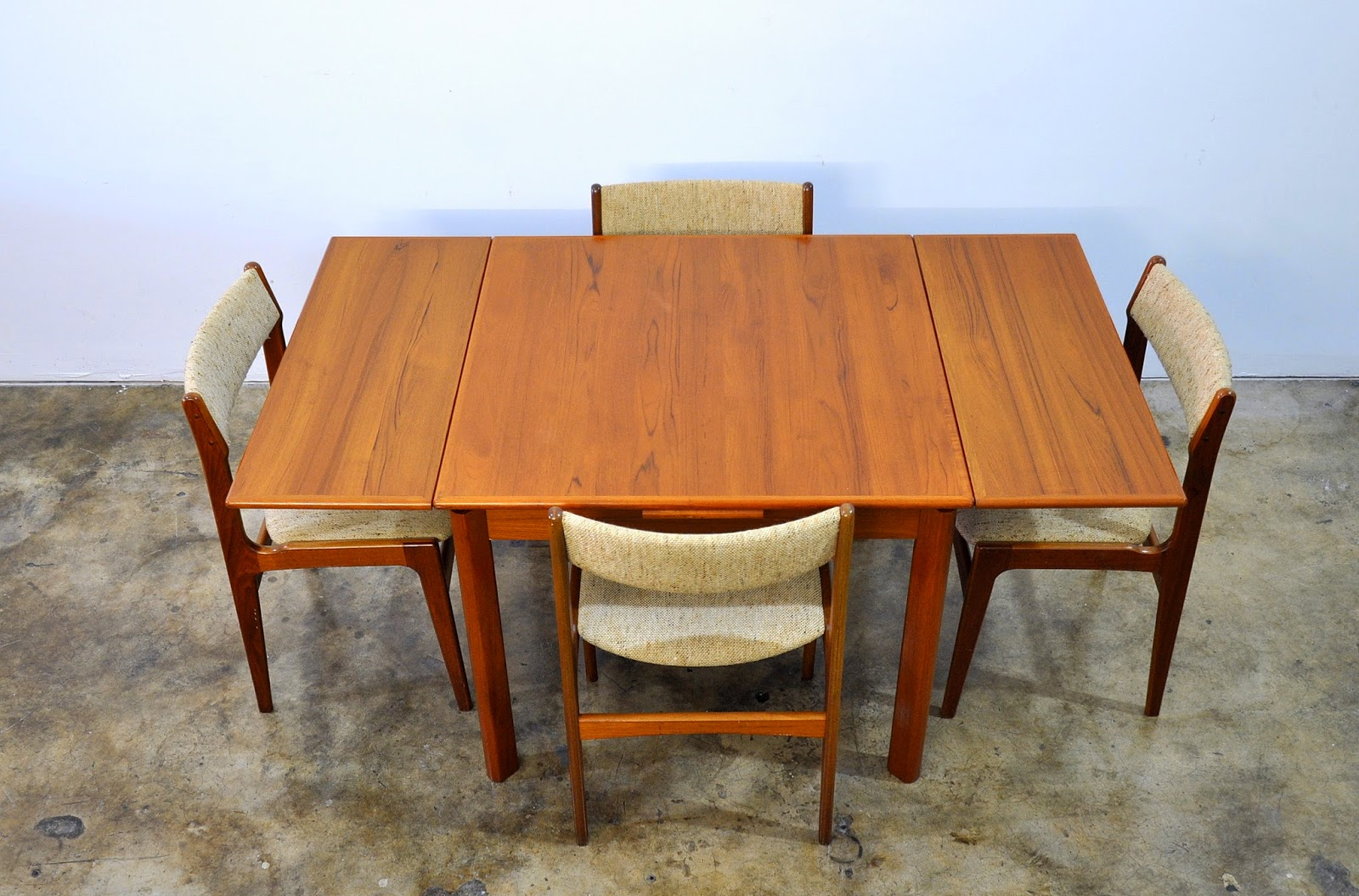 8 Person Dining Room Table