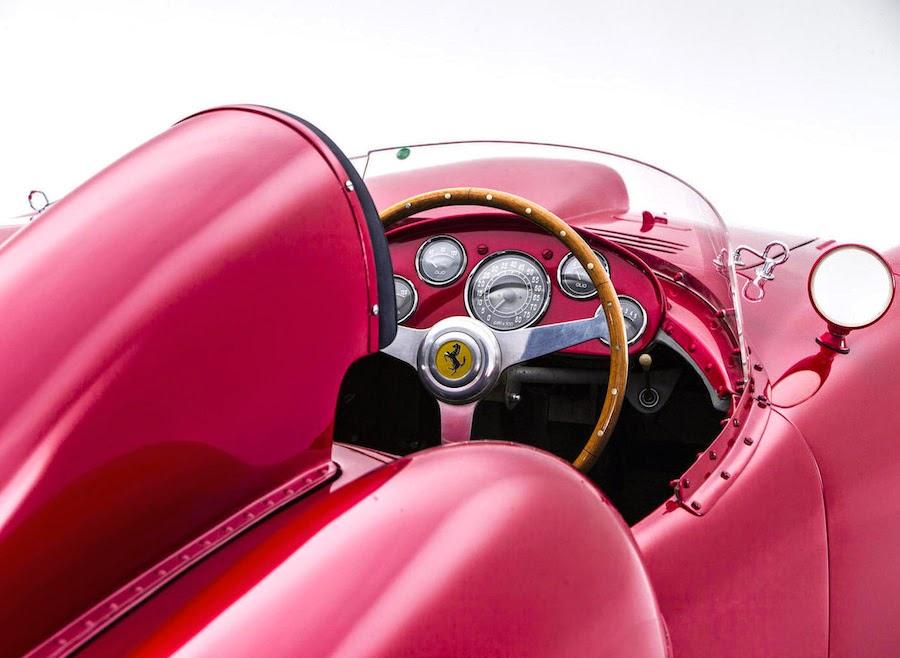 フェラーリのレーシングカー「375プラス」