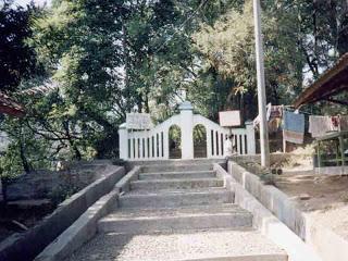 Wisata Makam Linggaratu