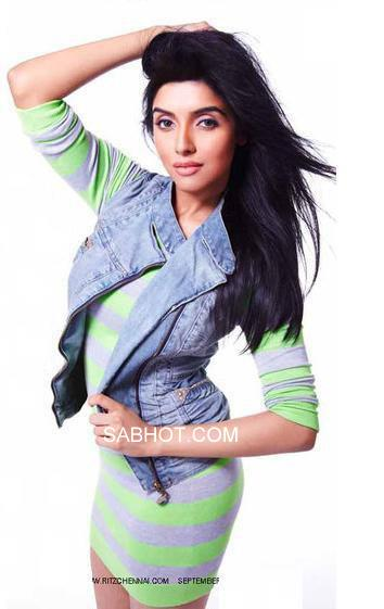 Asin  in green dress - Asin hot Pics in Western dresses