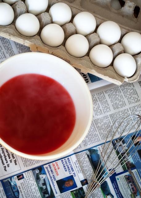 Water + Vinegar + Jell-O for dyed eggs