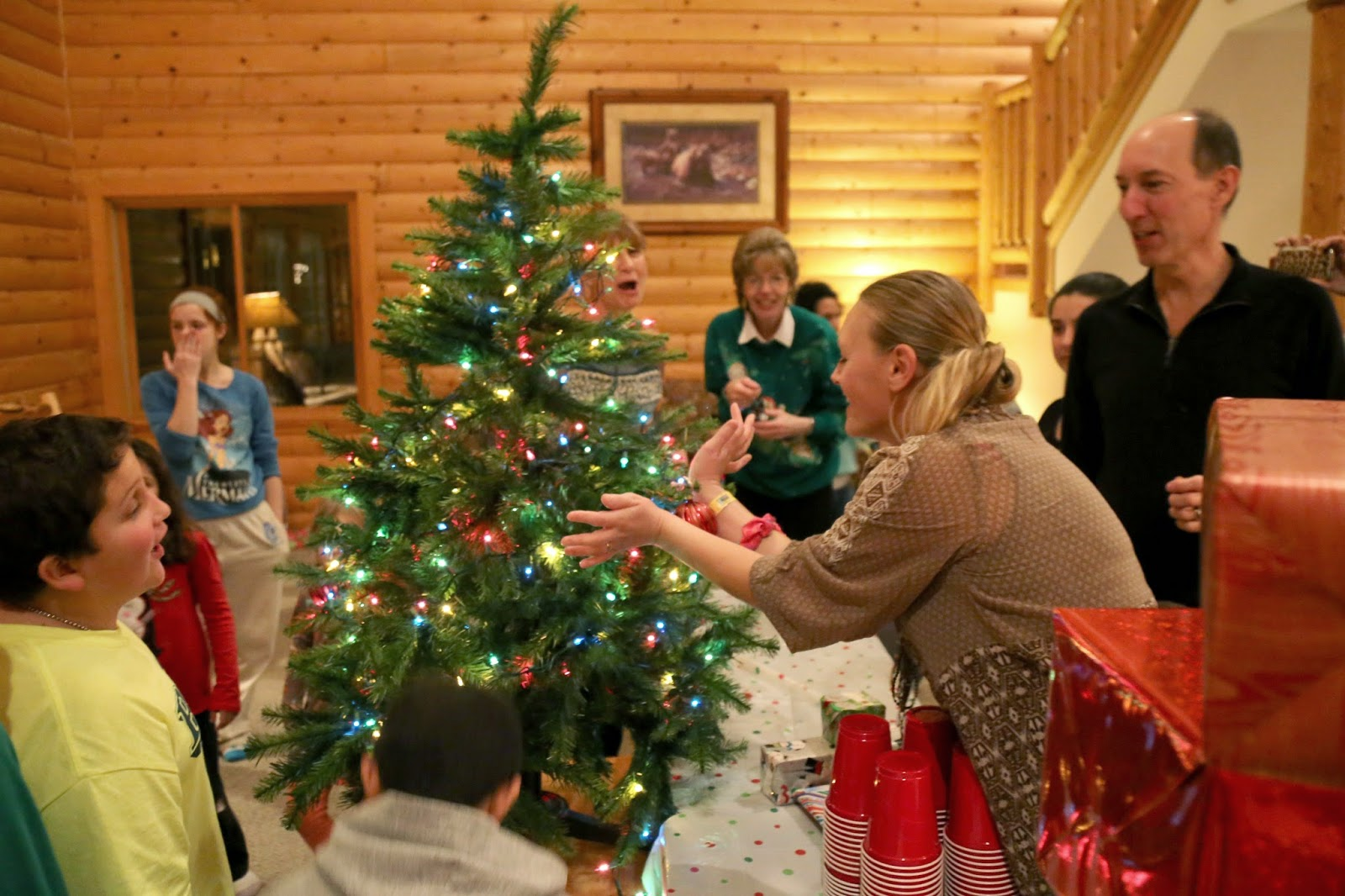Notable Nest: Fun Family Christmas Party Games to Try