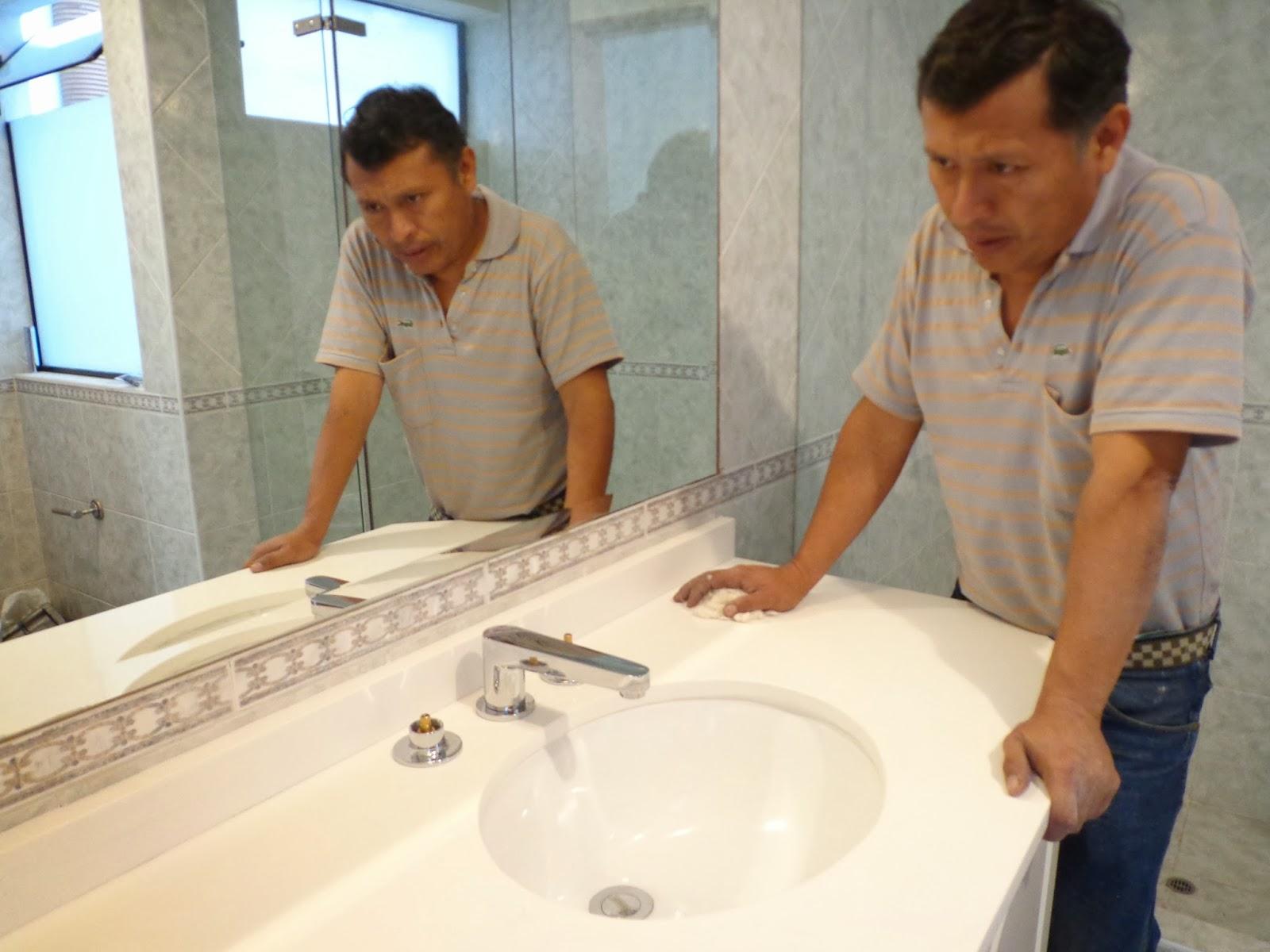 Maestro marmolero y granitero realiza tableros de cocina for Trabajos en granito para cocina