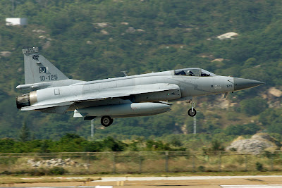JF-17 Thunder in Zhuhai Airshow 2012
