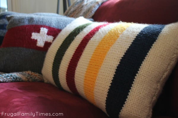 Knitting Pattern For Hudson Bay Blanket : Hudsons Bay Blanket Inspired Pillows: A Simple Knitting ...