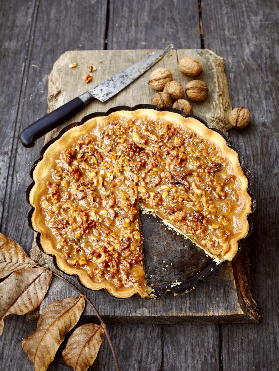 appledrane: Walnut caramel tart