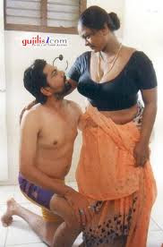 Kerala Hot Married Aunties mulai photos